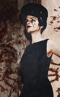 Emma Watson - 200*320 903588emmahalloween4