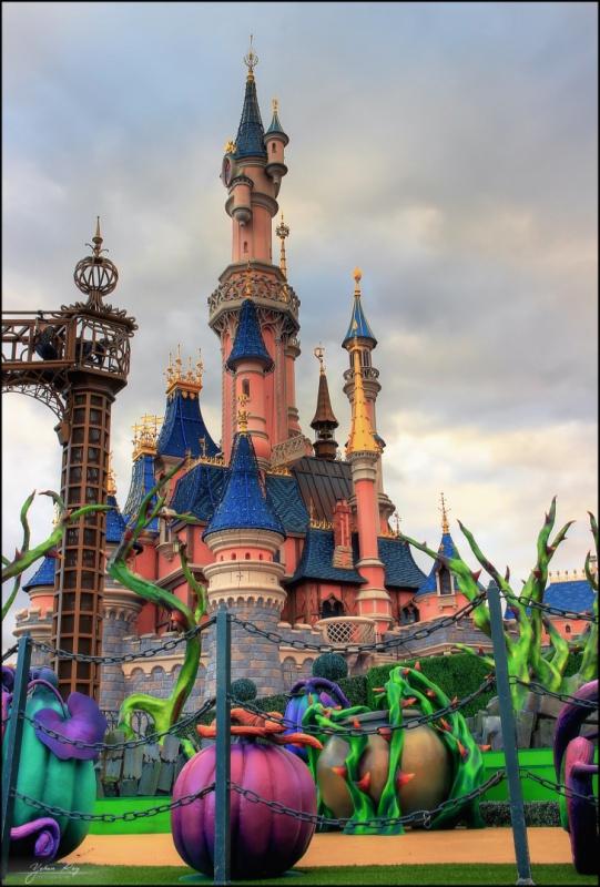 Photos de Disneyland Paris en HDR (High Dynamic Range) ! - Page 20 904201thumbLeChteauDLBABDHalloween2015HDR600D11024