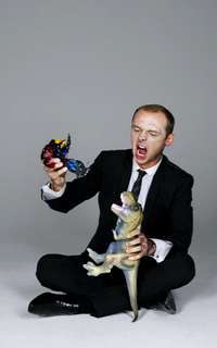Simon Pegg avatars 200*320 pixels 904436galeriesimon4
