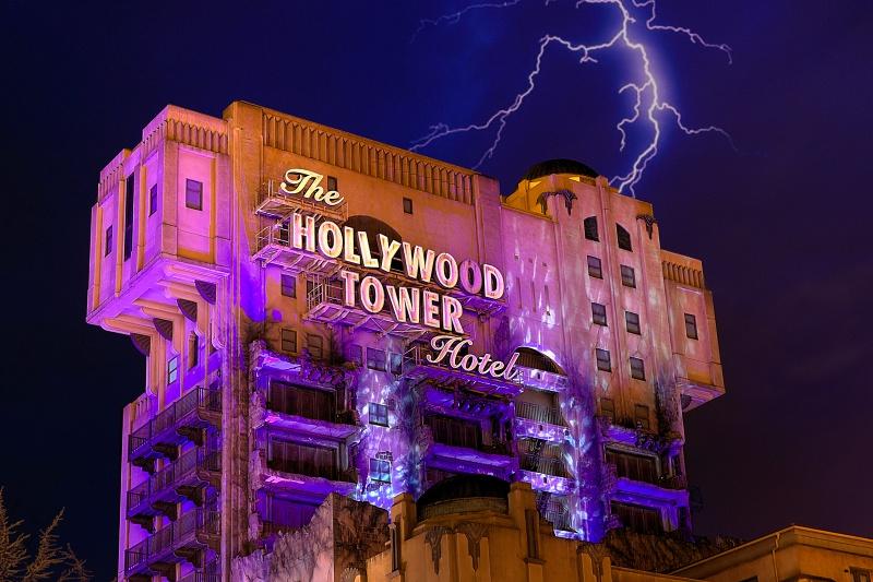 Photos de Disneyland Paris en HDR (High Dynamic Range) ! - Page 38 904519Tower1