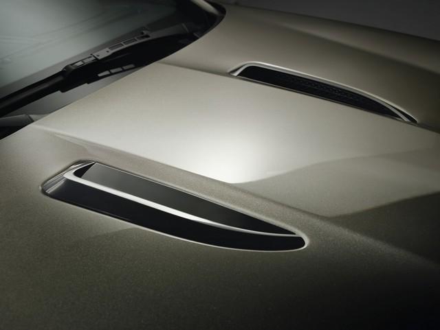 Lancement De La Nouvelle Jaguar F-TYPE Dotée De La Technologie GOPRO En Première Mondiale 906662jaguarftype18myrdynamicstudioexteriordetail10011702