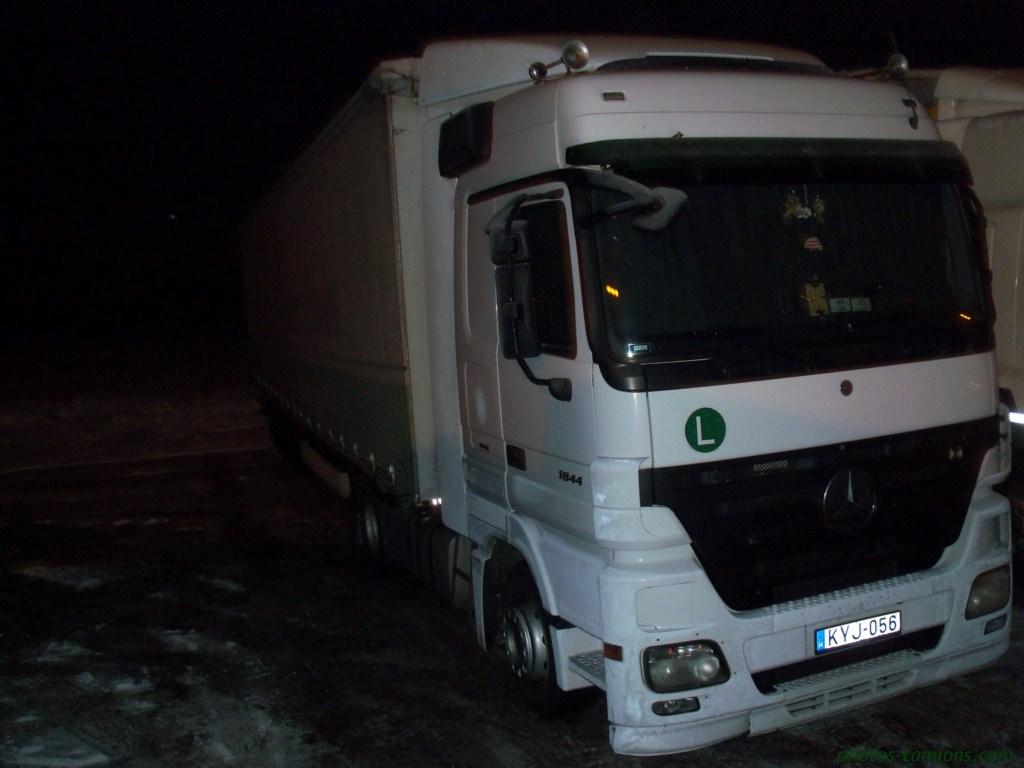 Divers Hongrie (H) 908996photoscamions4Fvrier201247Copier