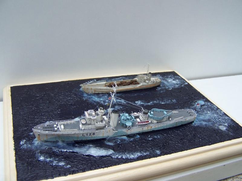 Destroyers classe Hunt type 2 et 3 - Page 5 910215Hutn2et3061