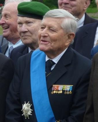 Général René de Biré a rejoint St MICHEL  message du 08/11/2014 911945p1030612
