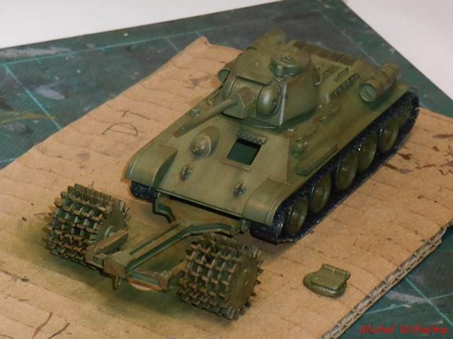 blindé russe 3    Le  T 34 Démineur 912880DSCN9970Copier