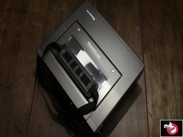 Caméra Panasonic PK-750 et VCR Portable NV-8410 91327027