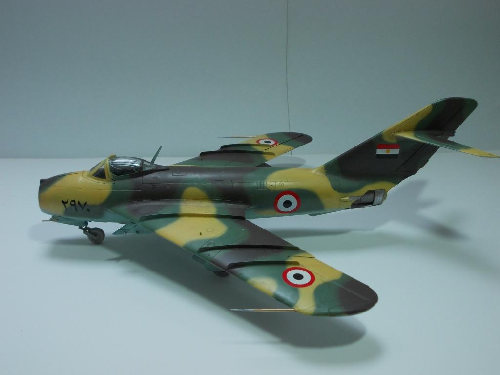 MiG-17 F Fresco C ( Hobby Boss 80334) 1/48 ... 91461117