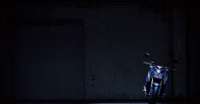 Suzuki dévoile son nouveau roadster au cœur de sportive 916801gsxs1000al6action11
