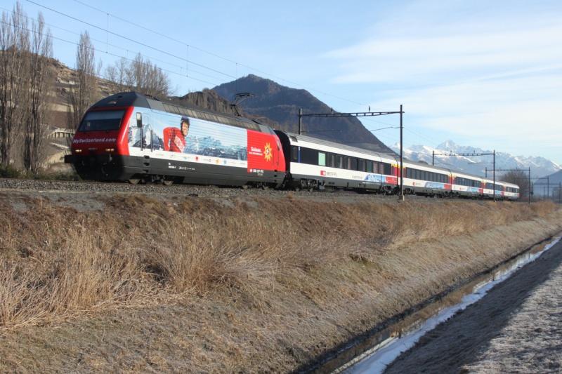 SBB 460 036-7  ROCO  3 rails AC 91769120110205102400RMiddle