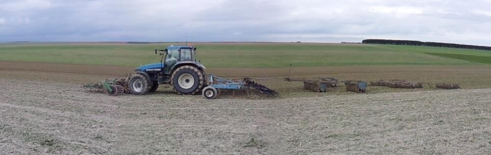 Photos de vos tracteurs - Page 3 919515TM2222