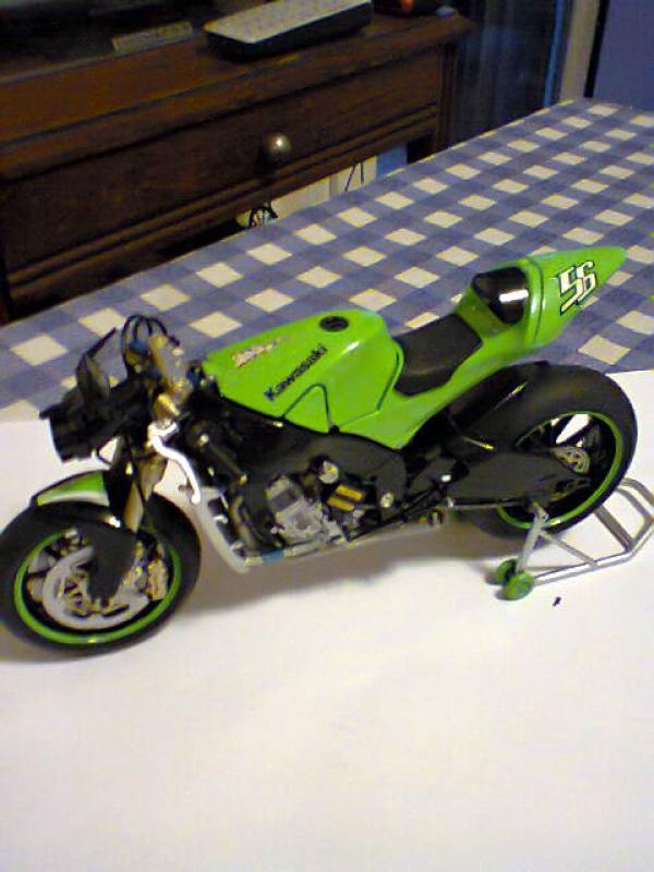 Kawasaki NINJA  tamiya 1/12  924615kawa8