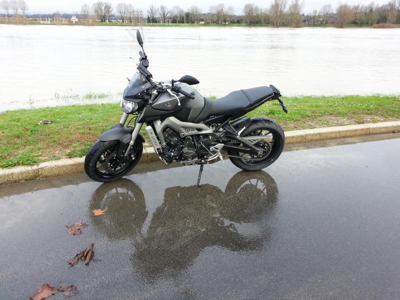 Photos de toutes les Yamaha MT-09 du forum ! :) 924881YMarc33