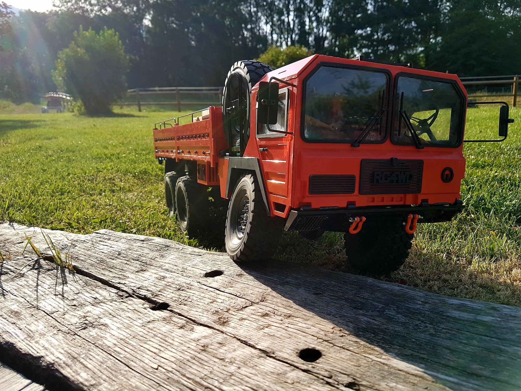 Beast II 6x6 Z-K0052 RC4WD : je me lance !  925695202163241331707930281080938378919o