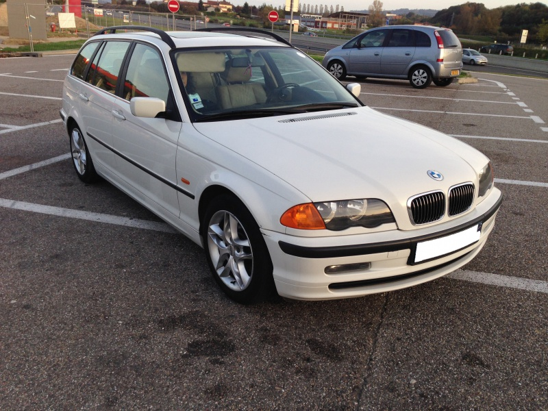 Ma nouvelle acquisition une BMW 320iA Touring 926366IMG4984
