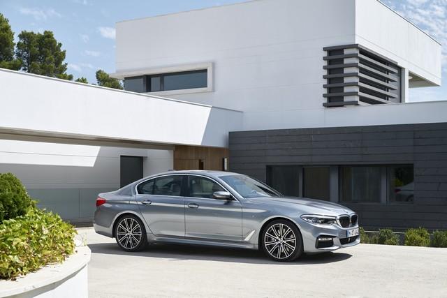 La nouvelle BMW Série 5 Berline. Plus légère, plus dynamique, plus sobre et entièrement interconnectée 928324P90237221highResthenewbmw5series