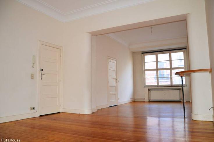 Décorer un salon/sàm avec plancheret hauts plafonds 93013346354421