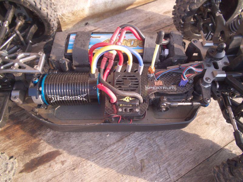 Photos de vos buggy pour l'année 2012  930195chssis