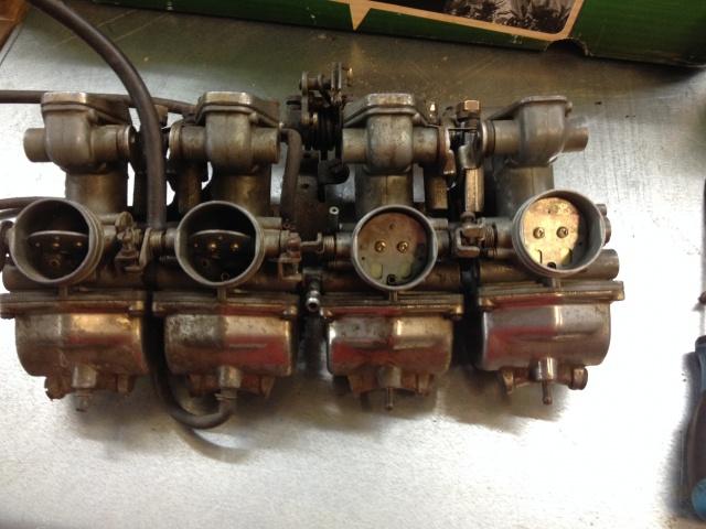 CB 550 F1 1976 d'un Padawan  - Page 11 932894IMG4333