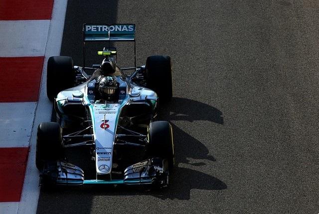 F1 GP d'Abu Dhabi 2015 (éssais libres -1 -2 - 3 - Qualifications) 9363012015NicoRosberg2