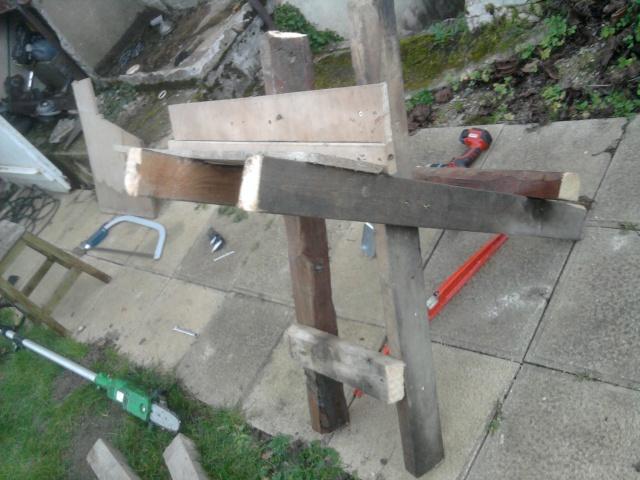 Chevalet à bois. 938701Photo0492