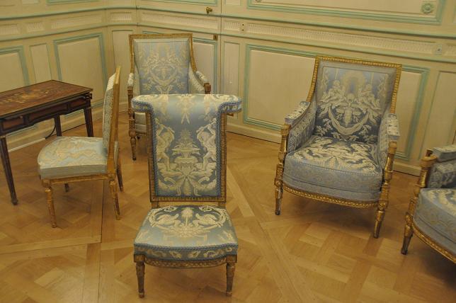 Exposition Mme Elisabeth à Montreuil - Page 3 93892633447320130521200423DSC0043