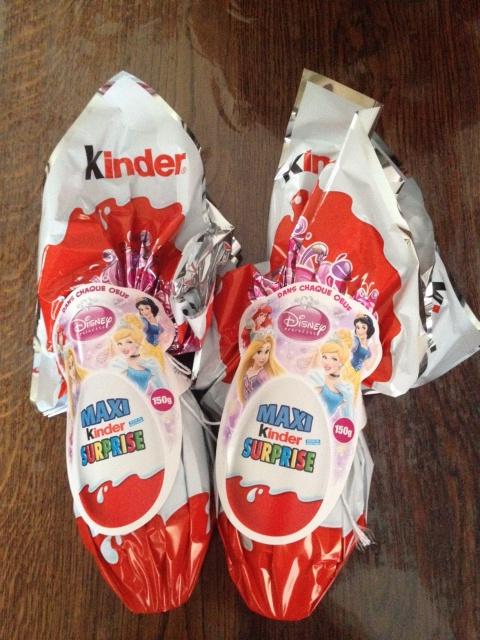[Collection] Echange Kinder surprise Pâques 2015 / P11 kinder 2016 940113IMG2800