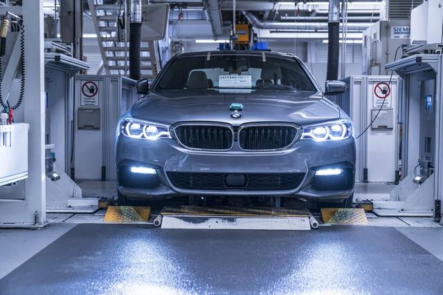 La nouvelle BMW Série 5 Berline. Plus légère, plus dynamique, plus sobre et entièrement interconnectée 940538P90237955highResbmwgroupplantding