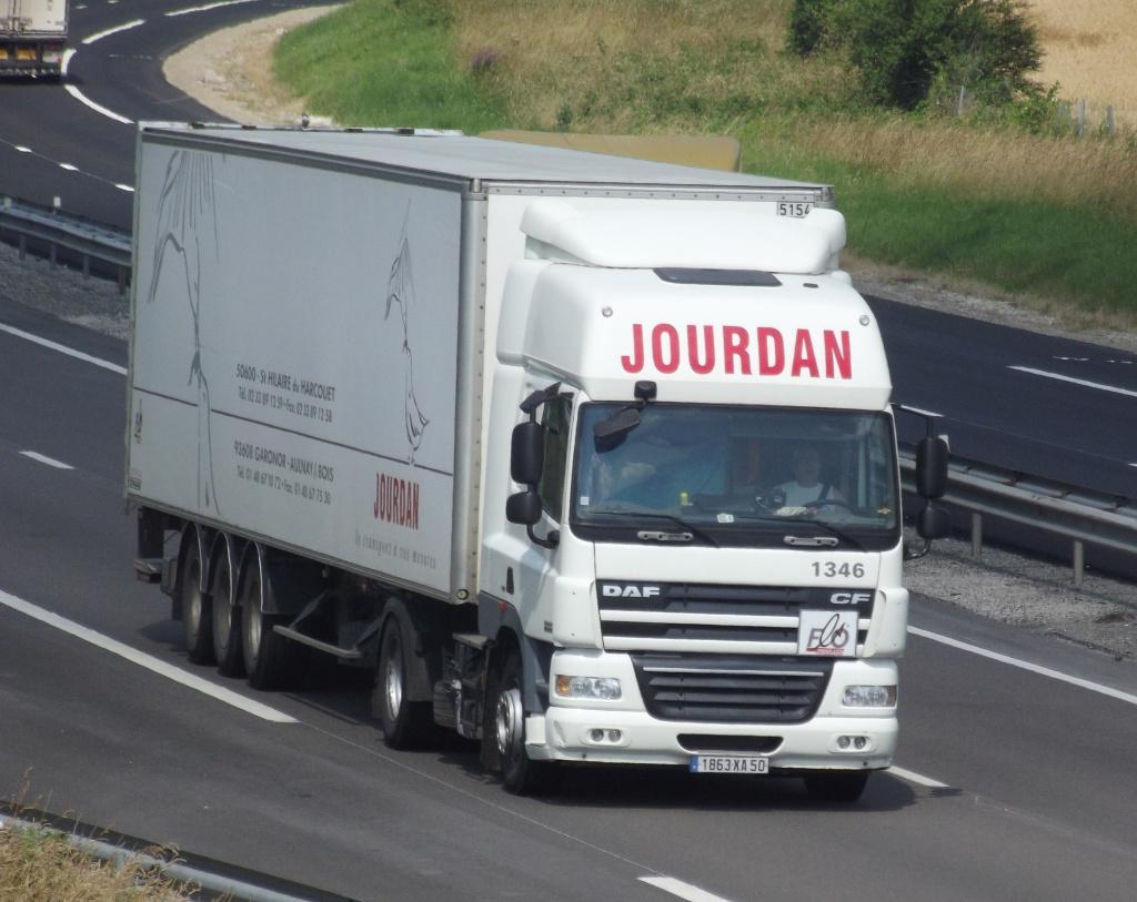 Jourdan (Saint Hilaire du Harcouet, 50) - Page 2 944662photoscamionjuin2013041
