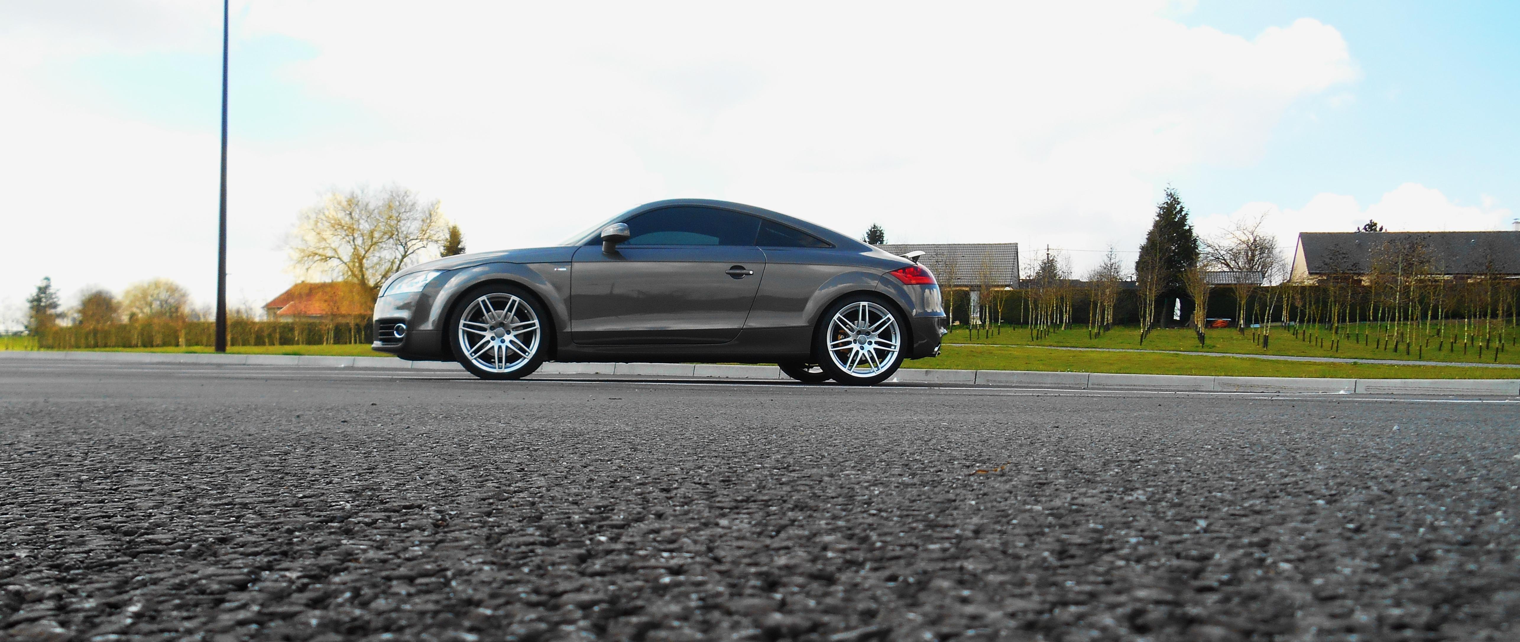 Audi TT gris Dakota S-line 2011  945409FSCN0347