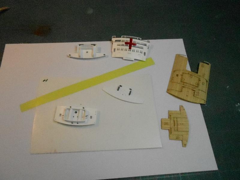 Hikawa Maru hopital 1/350 PE/pont en bois et babioles  - Page 6 946256DSCN5899