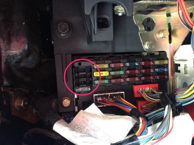 [ Lancia Y 1.2 LS an 1997 ] Problème voyant airbag allumé 947384IMG2437