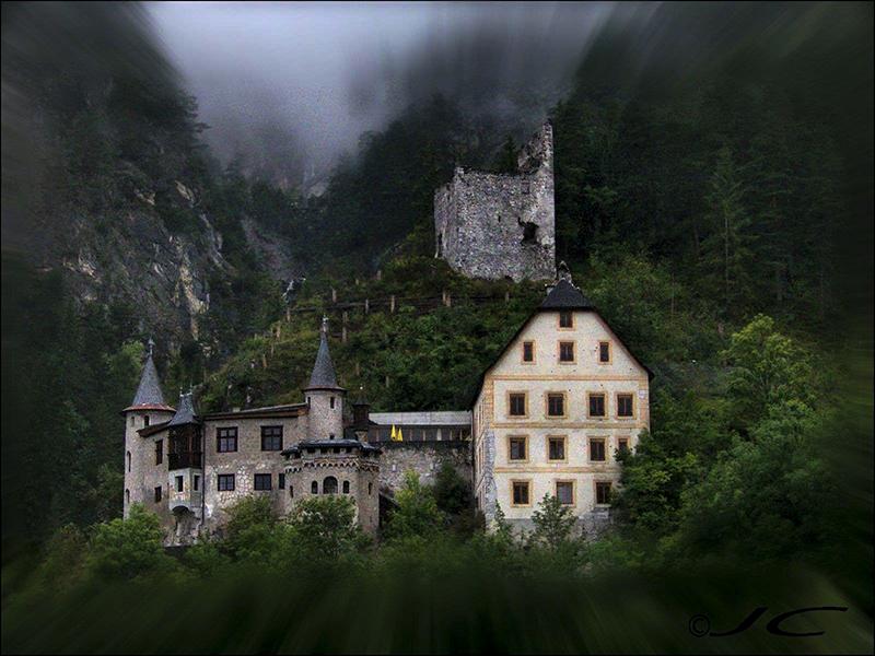 Les alpes  autrichiennes - Page 2 948409chatea100