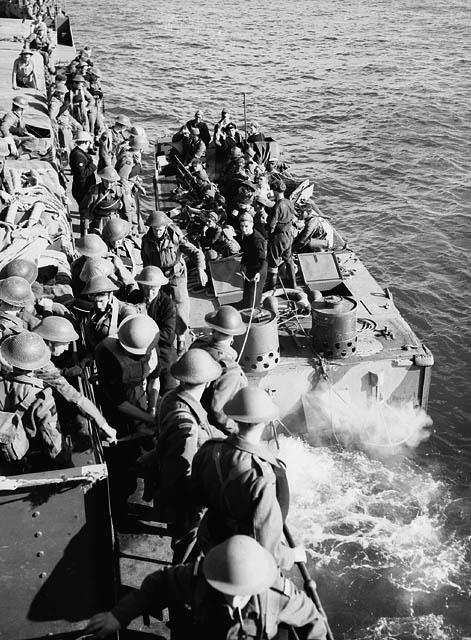 Dieppe Aout 1942: débarquement opération Jubilee 949636922910460159020724801751598295n