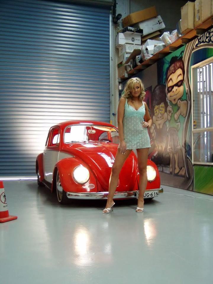 Volkswagen et ses donzelles ... - Page 36 94974913752637112631255678971446090181n