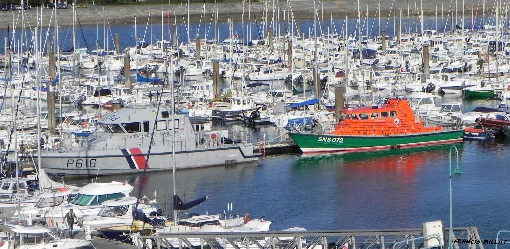 [ Divers Gendarmerie Maritime  ] P616 Trieux 951230DSCN0944