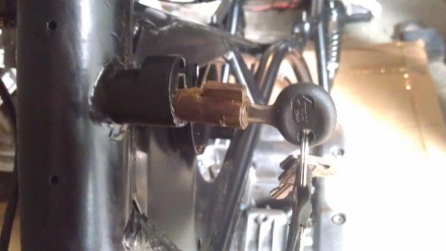 [Sharter] Mes XS en projet cafe racer - Page 2 956366IMAG0928