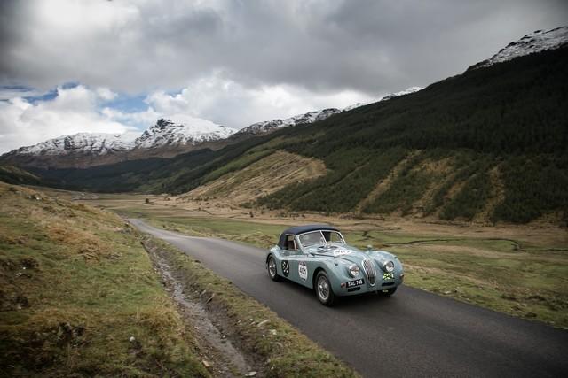 "Jaguar Lance Son Premier Rallye ""Mini Miglia"" En Écosse 957512JaguarMiniMiglia2015095"
