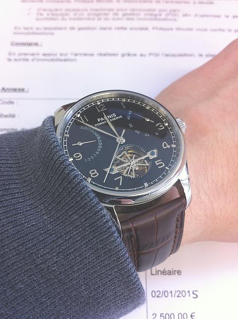 Je cherche une montre de la marque Fossil 958532521