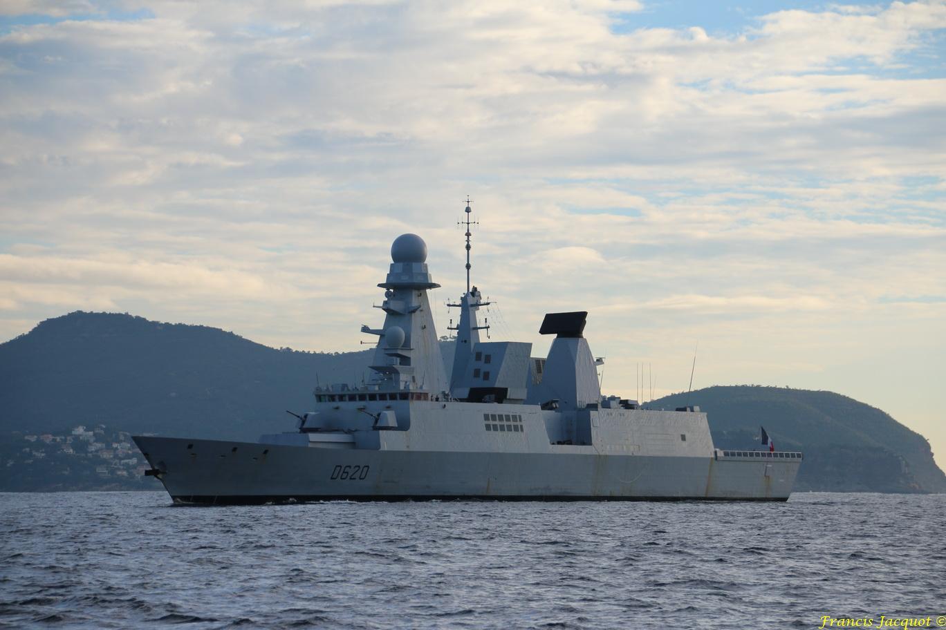 FORBIN  D620 (fregate) - Page 15 9602958702