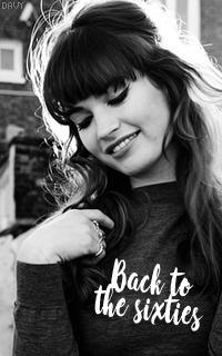 Lily James avatars 200x320 960459Evie01
