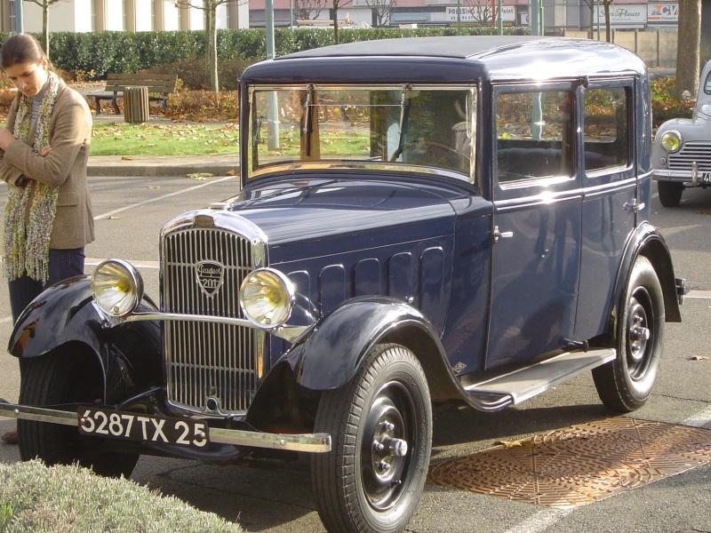 Musée de l'aventure Peugeot - Page 2 960915sochauxmontbelliard122006073