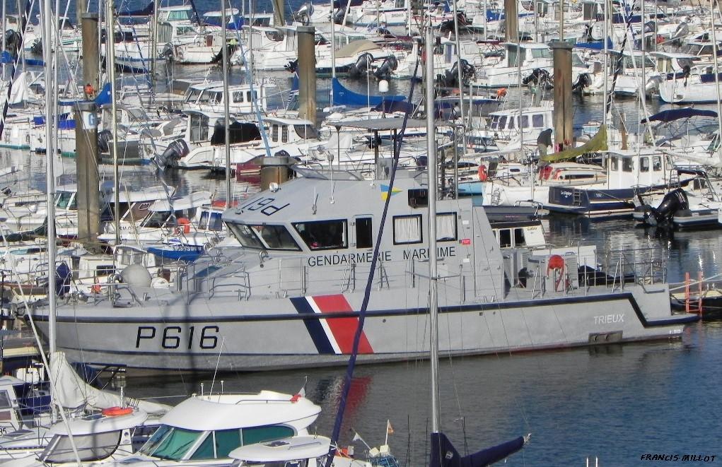 [ Divers Gendarmerie Maritime  ] P616 Trieux 963369DSCN0945