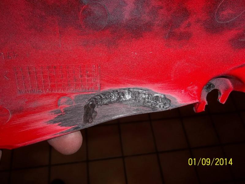 réparation carénage plastique  9637101000930