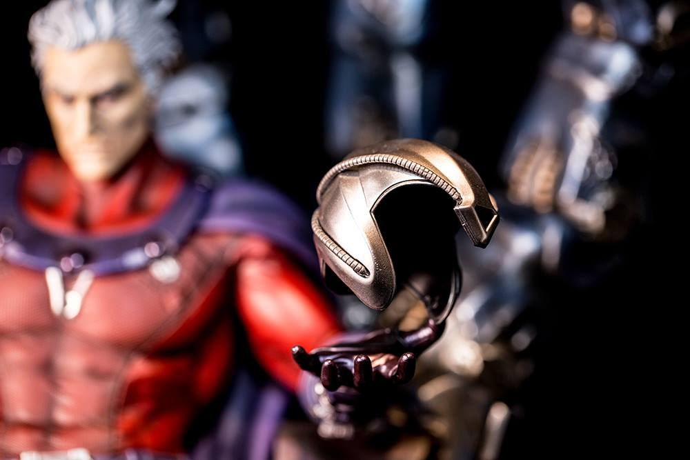 Premium Collectibles : Magneto on Sentinel Throne - Page 6 9639161053298514049258330614453932412218985067362o