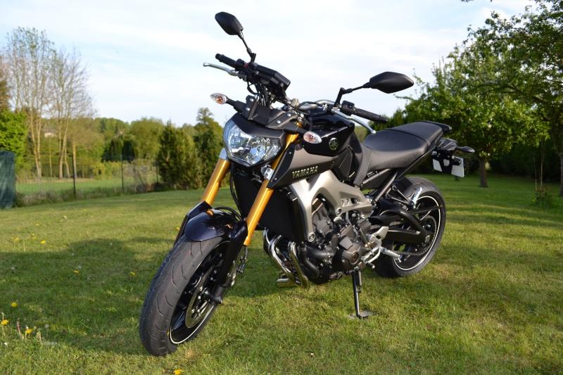Photos de toutes les Yamaha MT-09 du forum ! :) 964608YLoloRX02