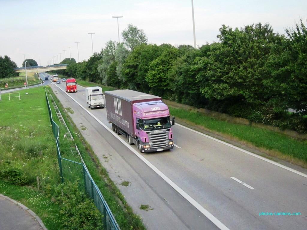 Photos avec plusieurs camions - Page 3 966535photoscamions4Juillet2012092Copier