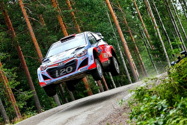 Mission accomplie pour Hyundai Motorsport qui se classe quatrième en Finlande  970023142983Sordo08FIN15cm072