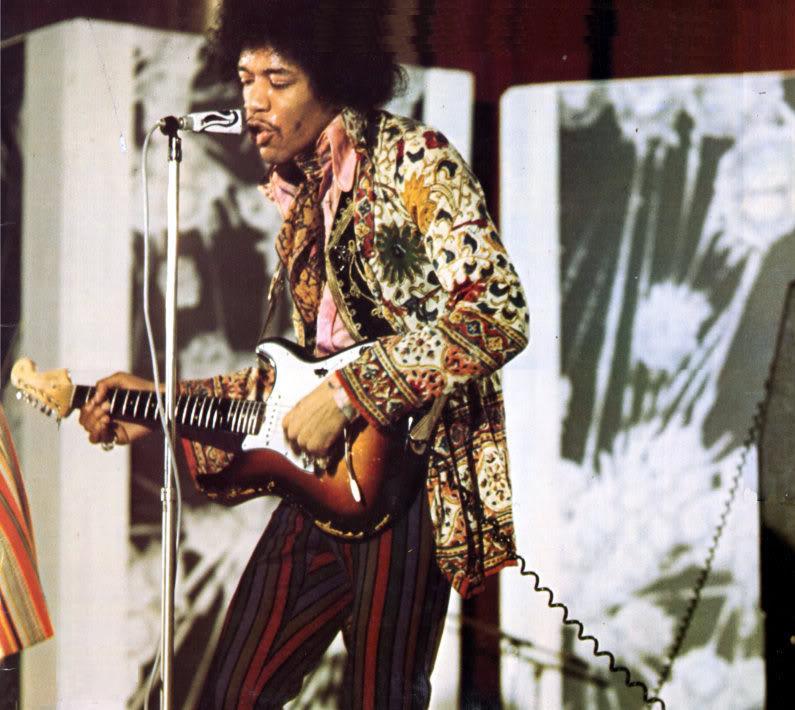 """""""Music Hall de France""""/""""Tilt Magazine"""" : 11 mai 1967  - Page 2 97040119670511IssylesMoulineaux"""
