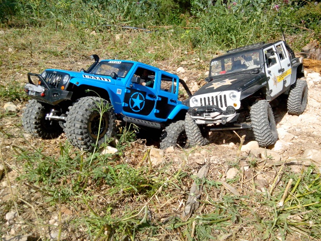 AXIAL SCX10 Jeep US NAVY 973744IMG20130618171654
