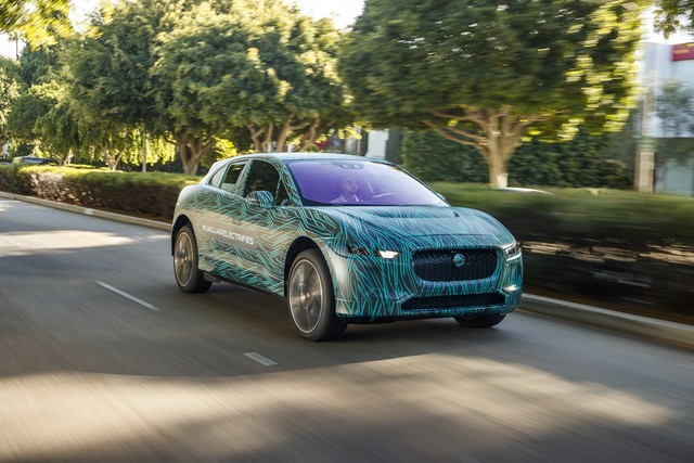 Le Jaguar I-PACE en road trip électrique à Los Angeles 973921jipaceroadtrip061217006